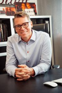 Herr Dr. Timo Spanholtz
